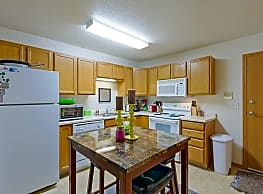 Central Park Apartments - Fargo