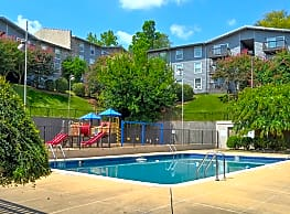 High Pointe Apartments - Birmingham