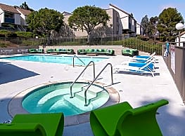 Skyline Apartment Homes - Spring Valley