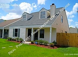 Cute 2-Story Home Located In Baton Rouge - Baton Rouge