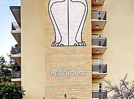 El Gato Penthouse Apartments - Los Gatos