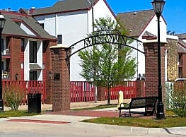 Midtown Place Apartments - Wichita