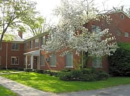 Mauer Manor Apartments - Saint Clair Shores