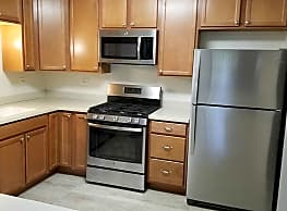 The Eagles Apartment Homes - Elk Grove Village