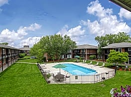 Huntington House Apartments - Riverview
