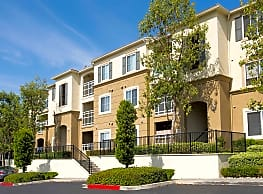 Bella Vista At Warner Ridge - Woodland Hills