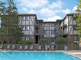 Shore Acres on the Monon Apartments - Indianapolis