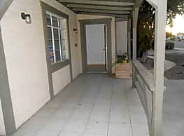 2 Bedroom 2 Bath - Phoenix