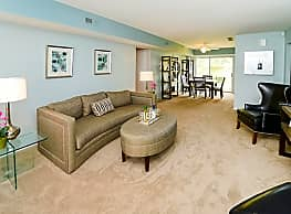 Brookside Manor Apartments & Townhomes - Lansdale