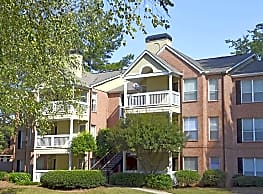 The Crest at Berkeley Lake Apartment Homes - Duluth