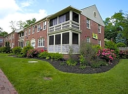 Pleasant Valley Apartments - Moorestown