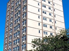 Sheridan Lake Apartments - Chicago