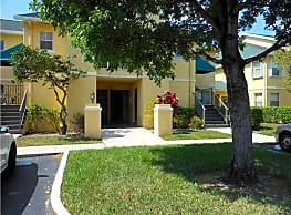 LARGE TWO BEDROOM W/WASHER AND DRYER  QUICK IN - Pompano Beach