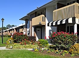 Patriot Pointe Apartments - Virginia Beach