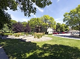 Rosemont Place Apartments - Des Moines