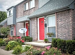 University Green Apartments and Townhomes - Ypsilanti