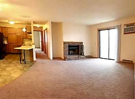 Colton Heights Apartments - Minot
