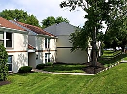 Willowbrook Apartments - Jeffersonville