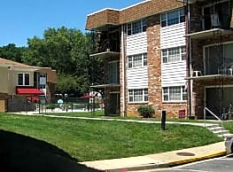 Randolph Square Apartments - Rockville