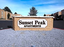 Sunset Peak Apartments - Las Cruces