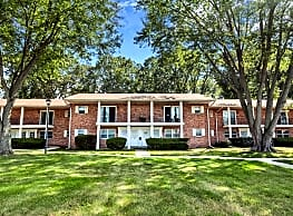 Holly Court Apartments - Pitman