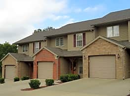 The Woods Townhomes - Springfield