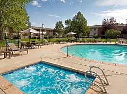 Meadow Creek Apartments - Boulder