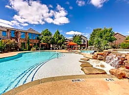 Enclave on Golden Triangle - Fort Worth