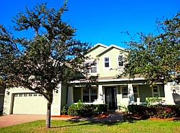 This 4 bedroom 3 bath home has 2653 square feet of - Minneola