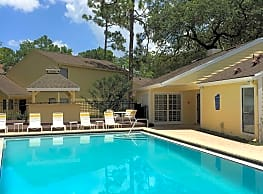 Douglaston Villas and Townhomes - Altamonte Springs