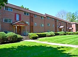 Hunters Run Apartments - Norristown