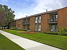 Parkview Village Apartments - Warren