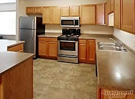 Northern Plains Apartments - Minot