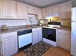 Saddle Club Townhomes - Liverpool