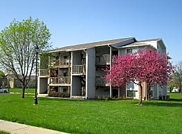 Brookfield Village Apartments - Topeka