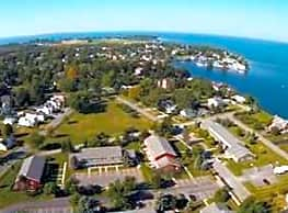 Fort Pike Commons Apartments - Sackets Harbor