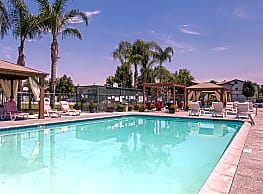 Golden Valley Luxury Apartments - Bakersfield