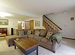 Forest Park Apartment Homes - Farmington