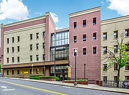 Capital Center Apartments - Downtown Albany - Albany