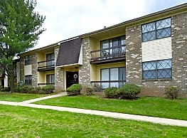 Country Club Village - Scotch Plains