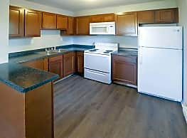 Eastway Court - Greenfield