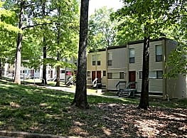 Cross Creek Apartments - Knoxville