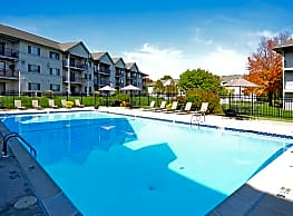 Valley Stream Village Apartments - Newark