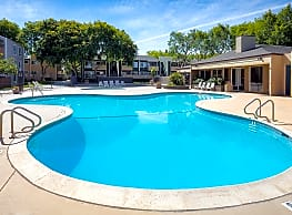 Pathfinder Village Apartments - Fremont