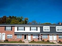 Falcon Crest Townhomes and Apartments - Owings Mills