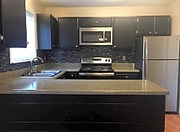 Willow Creek Apartments - Knoxville - Knoxville