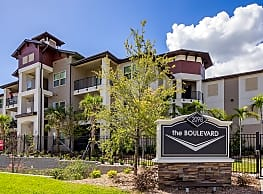 The Boulevard Apartments - Largo