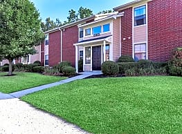 Oaks of Eagle Creek Apartment Homes - Indianapolis