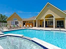 Pinnacle Woods Apartments - Lawrence