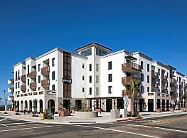 Pierside Apartments - Oceanside